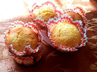 Warm Cornmeal Muffins