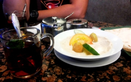 Hummus and Pita with Morroccan tea at the Egypt Cafe