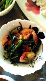 Prawns with water spinach