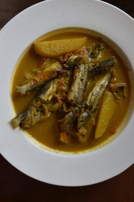 Tengra fish curry with potatoes